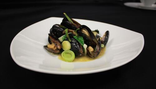 6 pei mussles - lauren cerullo