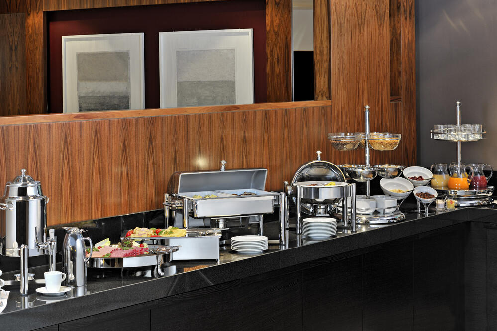 Three Easy Ways to Get a Five Star Review on Your Brunch Buffet Service